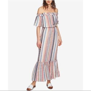 Off the shoulder maxi linen dress with tassels